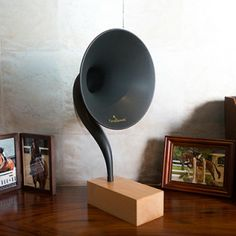 Gramovox Bluetooth http://www.etvonweb.be/59283-high-tech-gramovox-bluetooth