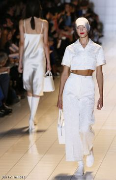 5 Trends to Trash or Switch http://www.focusonstyle.com/style/5-fashion-trends-to-trash-2013-spring/  Update Your Look From Now to Spring  #2013trends #trends #trendstotrash  croptop #midriff