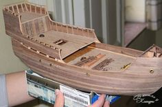 Model boats building woods Ideas for 2019 Model Sailing Ships, Model Ships, Wooden Model Boats, Wooden Boats, Model Ship Building, Boat Building, Ship Mast, Front Wall Design, Boat Painting