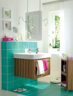 tricky double sink (not to mention the turquoise tile)