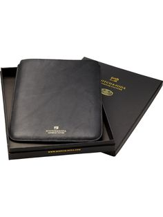 Leather iPad case - black - OS