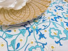 Welcome to our Internet Embroidery Store - Machine Embroidery Patterns online. Here you will find exclusive designs for machine embroidery as well as cross