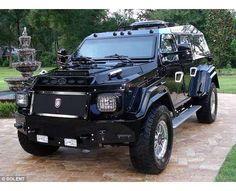 Terradyne Gurkha multipurpose armored vehicle/vehículo blindado multiproposito