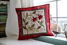 PatchworkPottery: Hummingbird Pillow