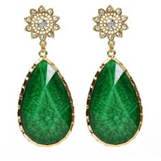 thechicdepartment:    Amrita Singh earrings (see more 18 karat gold jewelry)