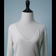 ZARA White Long Sleeve V Neck Stretch Sweater L ZARA White Long Sleeve V Neck Stretch Evening Sweater Knit Top Size L Zara Sweaters V-Necks