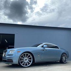 "DV8 MOTORSPORTS INC on Instagram: ""Wraith rolling baller status on 24x10 Vossen S17-12 custom built 💎 @vossen wrapped in Pirelli rubber @pirelli #rollroyce #wraith…"" Rolls Royce Wraith, Bmw, Cars, Building, Instagram, Autos, Buildings, Car, Automobile"