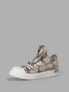 CINZIA ARAIA CINZIA ARAIA WOMEN'S ANIMALIER PYTHON SNEAKERS. #cinziaaraia #shoes #sneakers