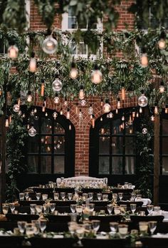 New Photo 20 Breathtaking Wedding Reception Lighting Ideas You Can Steal Thoughts Buy wedding decor created simple Once you arrange a wedding , you have to look closely at the Budget Wedding Reception Lighting, Wedding Venue Decorations, Wedding Receptions, Decor Wedding, Garden Wedding, Diy Wedding, Wedding Ceremony, Wedding With Lights, Wedding Couples