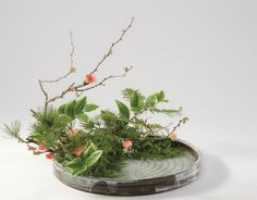 Styles of Ohara School of Ikebana English Ikebana Flower Arrangement, Ikebana Arrangements, Beautiful Flower Arrangements, Most Beautiful Flowers, Floral Arrangements, Oriental Flowers, Exotic Flowers, Purple Flowers, Calla Lily Centerpieces