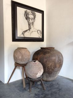 Artefakto Detail: antique pots from southern Mexico, charcoal drawing by Juan Carlos Cázares