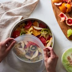 Lékué Silicone Stretch Top Set by Herman Miller, Food 52, Food Hacks, Food Tips, Cooking Tips, Carne, Meal Prep, Vegetarian Recipes, Vegetarian Italian