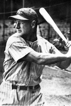 Lou Gehrig baseball mlb iron man new york yankees lou gehrig record for most games played hall of fame american league world series Lou Gehrig, Yankees Fan, New York Yankees, Damn Yankees, Mafia, Header, Equipo Milwaukee Brewers, Baseball Players, Baseball Cards