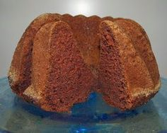 Very Moist Banana Nut Bread - Sweet Treats - Banana Banana Bundt Cake, Banana Nut Bread, Banana Bread Recipes, Cake Recipes, Fruit Bread, Fruit Basket Cake Recipe, Nut Bread Recipe, Bunt Cakes, Cupcakes