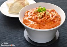 Muhammara pasta o crema a base de pimiento - Receta Arabica Cheat Meal, Chutney, Sin Gluten, Tapas, Bon Appetit, I Foods, Catering, Curry, Yummy Food