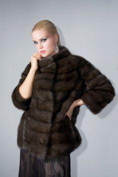 Γουνες Otcelot Χειροποιητα γουναρικα κατασκευασμενα στη Καστορια.Στη πολη που αξιοποιει χωρις διακοπη μεχρι σημερα εμπειρια αιωνων με ριζες στο Βυζαντιο Fur Jacket, Fur Coat, Fur Fashion, Parka, Classic Style, Jackets, Image, Beauty, Google