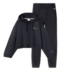 Weekday X Champion Cute Lazy Outfits, Sporty Outfits, Fashion Outfits, Trendy Hoodies, Comfy Hoodies, Champion Clothing, Sweatpants Outfit, Victoria, My Style