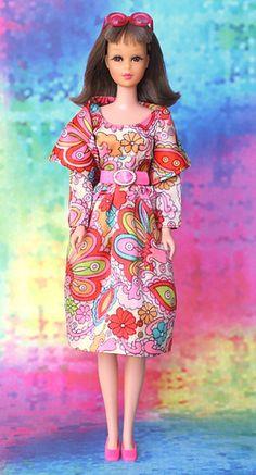 FashionDollCollector: Markus® Java™ Brunette Francie Fairchild® in Emilio Pucci's 3446 Midi Bouquet™ ©1971 (Yahoo!® Flickr® ©Oct 8, 2012)