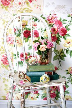 #chippy #white #chair against lovely #roses