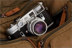 Leica coolest camera in the world Leica M, Leica Camera, Camera Gear, Film Camera, Camera Bags, Nikon Dslr, Old Cameras, Vintage Cameras, Canon Cameras