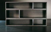 Biblioteca moderna de madera