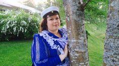 Rosita Mäntyniemi juhlii tänään lauantaina ylioppilaaksi valmistumistaan. Nyt on aika juhlia isosti, sillä iso oli yksinhuoltajaäidin urakkakin.