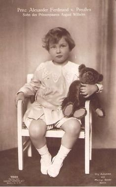 Prinz Ferdinand Alexander, Sohn des Prinzen August Wilhelm… | Flickr Old Teddy Bears, Antique Teddy Bears, Steiff Teddy Bear, Photo Postcards, Vintage Postcards, Vintage Images, Ferdinand, Bear Photos, Prussia