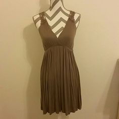 Sexy Open Back Dress Beautiful dress. Soft material. No stains or tears. Excellent condition! American Dream Dresses Mini