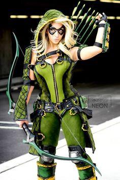 Injustice Gods Among Us Female Green Arrow Cosplay - Raining Neon Dc Cosplay, Cosplay Arrow, Green Arrow Cosplay, Cosplay Anime, Cosplay Outfits, Best Cosplay, Cosplay Girls, Arrow Costume, Female Cosplay