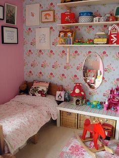 Home home design interior design decorating before and after room design Vintage Girls Rooms, Vintage Nursery, Casa Kids, Girls Room Design, Design Room, House Design, Floral Bedroom, Living Room Red, Pretty Bedroom