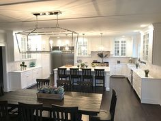 Open kitchen design all sources and details are shared on Home Bunch Open kitchen design ideas #Openkitchendesign #kitchendesign
