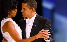 Aprovechó para agradecerle a Michelle en discurso de despedida
