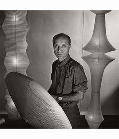 Isamu Noguchi, Sculptor, New York, 1955 by Louise Dahl-Wolfe Art Photography Portrait, History Of Photography, Creative Photography, Photography Magazine, Isamu Noguchi, Noguchi Lamp, Richard Avedon, Modern Sculpture, Sculpture Art