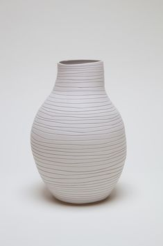 Ceramic artwork by Shio Kusaka