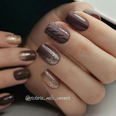 Brown nails Classic nails ideas Mittens Nail Art Nails with golden glitter Plain nails Winter nail art Pretty Nail Colors, Pretty Nails, Fun Nails, Chic Nails, Nail Art Design Gallery, Best Nail Art Designs, Nail Manicure, Manicures, Neon Nail Art