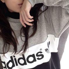 Ok I seriously need this sweatshirt