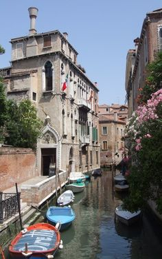 Palazzo Soranzo Van Axel, I am going to love a nice romantic Boat ride in italy