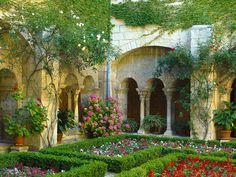 Cloister, Saint Paul de mausole, St. Remy de Provence, France    photo by heiurubby