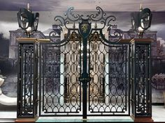 Visionnaire 2014: The Great Dandy Castle and its Gate | Visionnaire Home Philosophy