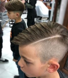 Gorgeous Men's Hairstyles And Haircuts. Undercut Hairstyles, Boy Hairstyles, Vintage Hairstyles, Undercut Pompadour, Beautiful Hairstyles, Hard Part Haircut, Fade Haircut, Japanese Hair Straightening, Haircuts For Men