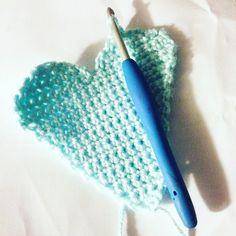 I  crochet. Making some pretties. A nice break from all the navy blue. #rainbowroocreations #crochetdesigner #crochetdesign #crochetapplique #crochet #crochetlove #crochetersofinstagram #instacrochet #craftymama #alamandacollege #alamandacollege2016 #marketprep #winteriscoming #pointcook #madeinmelbourne #madeinaustralia #handmadeisbetter #shophandmade #shopsmall #handmade #handmadewithlove #bespoke #bespokedesign #bespokeservice #melbournedesign #supporthandmade by rainbowroocreations