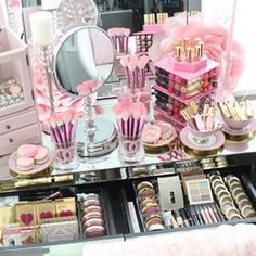 This pretty pink place. | 25 Vanities That Are Basically Porn For Makeup Addicts