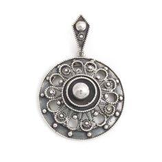 Koop deze handgemaakte zilveren Jugendstil hanger bij Aurora Patina, de leukste sieraden webshop van Nederland!