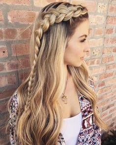 Easy Hair for Graduation. New Easy Hair for Graduation. 8 Graduation Hairstyles that Will Look Amazing Under Your Cap In. Graduation Wish Apon A Star In 82 Graduation Hairstyles that You Can Rock This Year Daily Hairstyles, Pretty Hairstyles, Girl Hairstyles, Hairstyle Ideas, Everyday Hairstyles, Straight Hairstyles For Long Hair, Straight Hair With Braid, Medium Hairstyles, Latest Hairstyles