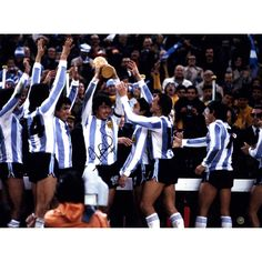 Daniel Passarella Signed Holding World Cup Trophy 12x16 Photo Argentina World Cup Winners (Icons Auth & Third Party Holo)