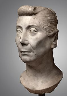 Matron with Late Republican Hairstyle by !STORAX, via Flickr  The Roman Version of the Pompador... What Gwen Steffani would look like had she been 65 and living in Rome... LOL