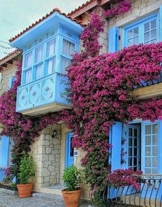 Cesme Turkey - Information Places Around The World, Around The Worlds, Beautiful Homes, Beautiful Places, Stone Houses, Porches, Flower Pots, Flowers, Greece