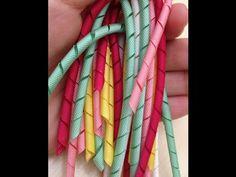 Fita Korker: Como fazer cachinhos de fita - DIY Korker Ribbon - YouTube