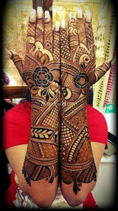 Best Ideas for bridal henna designs jewels Pakistani Henna Designs, Arabic Bridal Mehndi Designs, Stylish Mehndi Designs, Dulhan Mehndi Designs, Mehndi Designs For Fingers, Mehndi Design Pictures, Best Mehndi Designs, Henna Mehndi, Mehndi Images