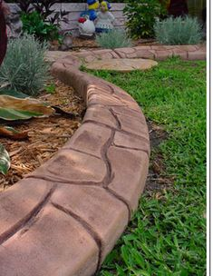 Landscaping Edging Ideas for Your Home . Concrete Edging, Concrete Curbing, Concrete Garden, Lawn Edging, Garden Edging, Outdoor Landscaping, Outdoor Decor, Landscaping Ideas, Backyard Ideas